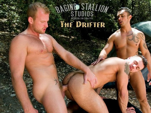 Scott Tanner Fucks Manuel DeBoxer and Damian Rios