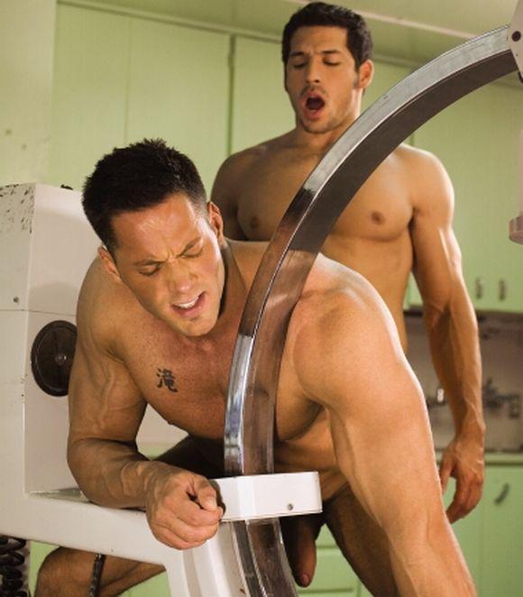 Gay sex muscular porn star Leo Giamani Fucks Erik Rhodes from Falcon movie Asylum