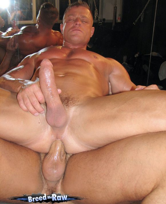 Bodybuilders gay cum eater photo