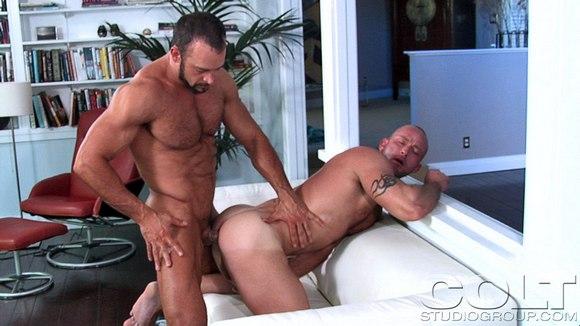 gay shower hunks