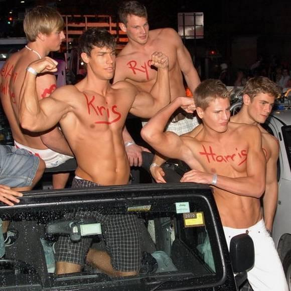 Pics amateur mardi gras xxx naked