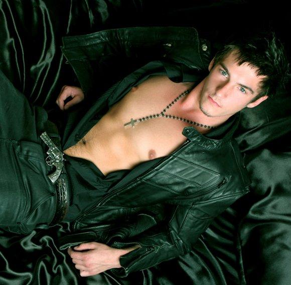 Handsome Gay Porn 31