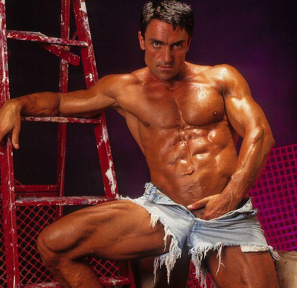 gay bodybuilding videos