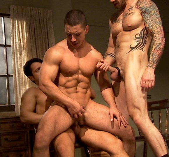 Gay muscle fuck video