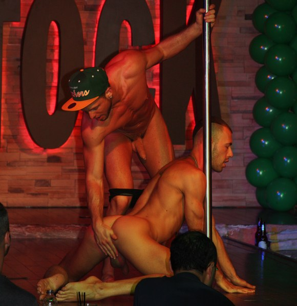 Gay montreal sex