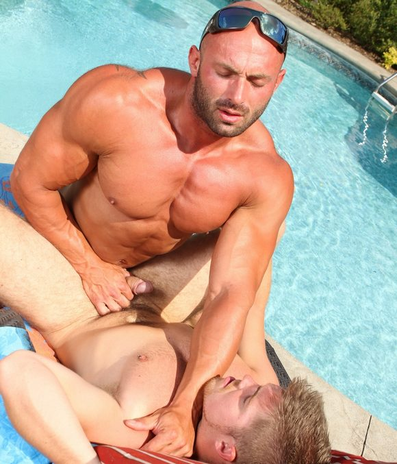 gratis gay body builder porno