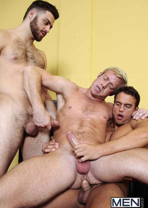 Tommy Defendi In Threeway Fun