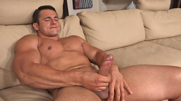 male bodybuilder porn Straight
