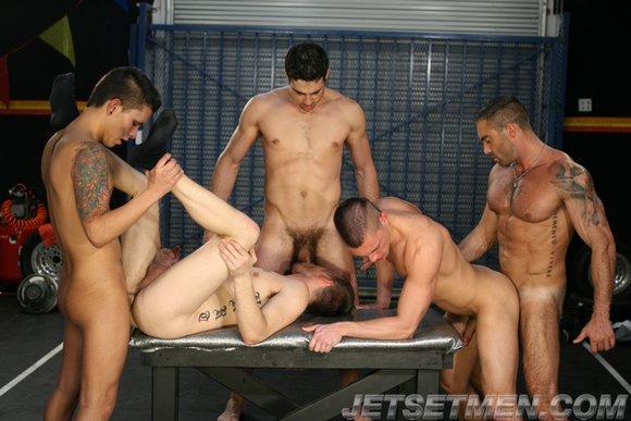 Hot orgy pics