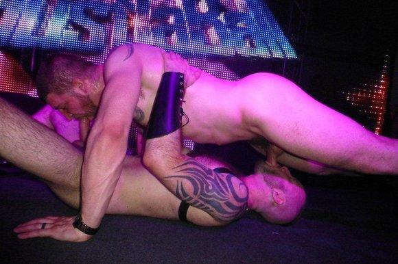 Gay porn stars jackson grant and jack vidra fucking on stage