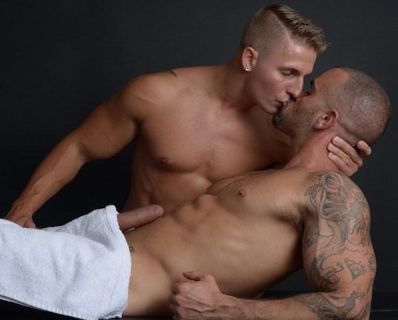 Damien Crosse Logan Vaughn Massage Fuck