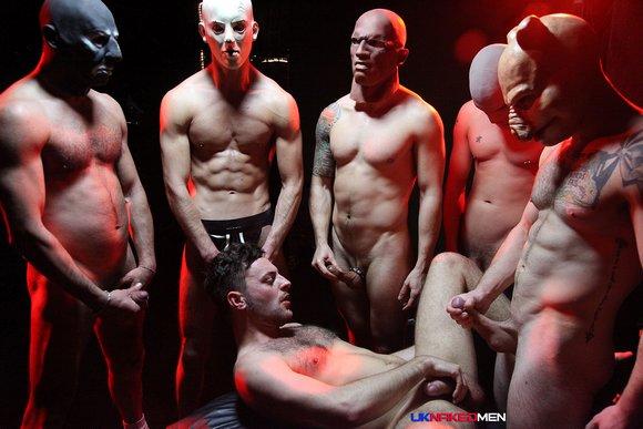 Riley Tess Satanic GangBang UK Naked Men 7