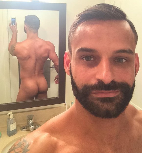 David Benjamin Gay Porn Star Selfie Naked Butt