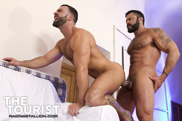 Rogan Richards Fucks Abraham Al Malek The Tourist