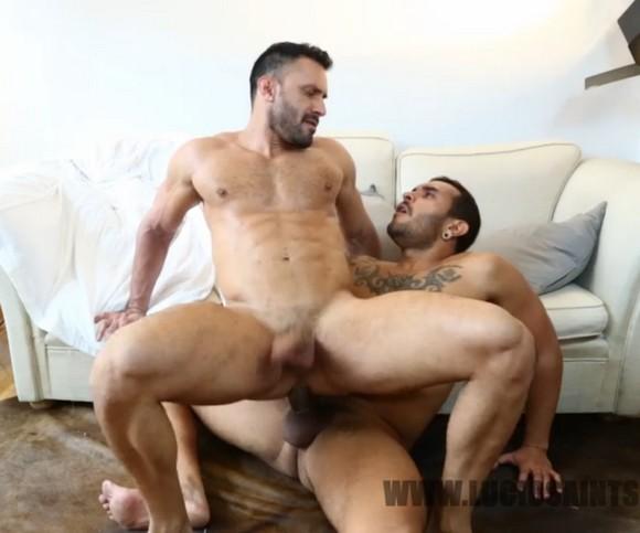 Flex Lucio Saints Muscle Gay Sex