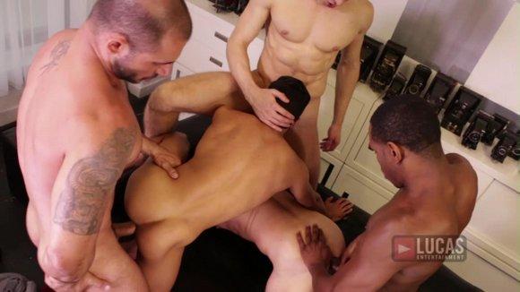 Lucas Bareback 5 Orgy 3