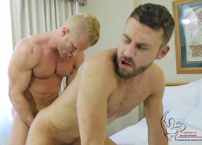 JohnnyV Logan Moore Gay Porn American Muscle Hunks