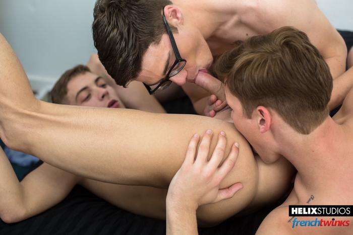 Blake Mitchell Gay Porn Twink Helix 1