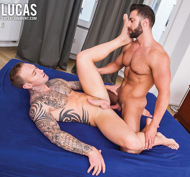Dylan James Valentino Medici Gay Porn Bareback Sex