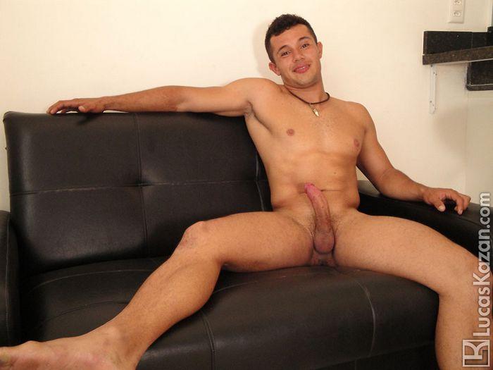 Isaque LucasKazan Gay Porn Model 3