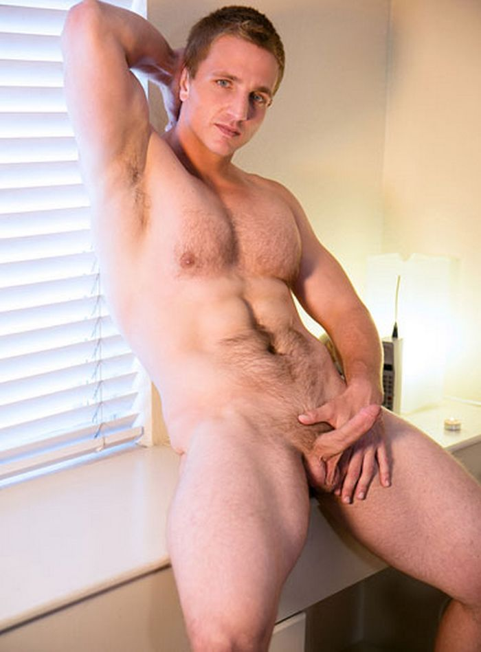 Landon Mycles Gay Porn Star 2015