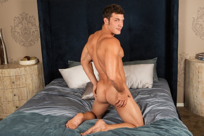 Brandon Bottoms SeanCody Gay Porn Bareback Sex Tanner 1
