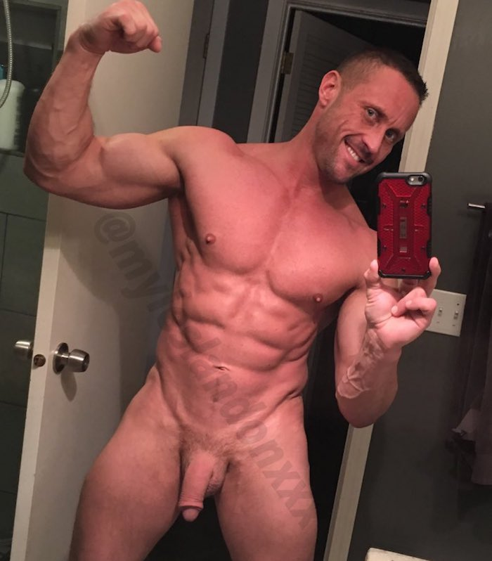 Myles Landon Gay Porn Star Muscle Daddy Naked Selfie Muscle
