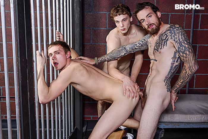 Gay Porn Prison Bareback Orgy 4