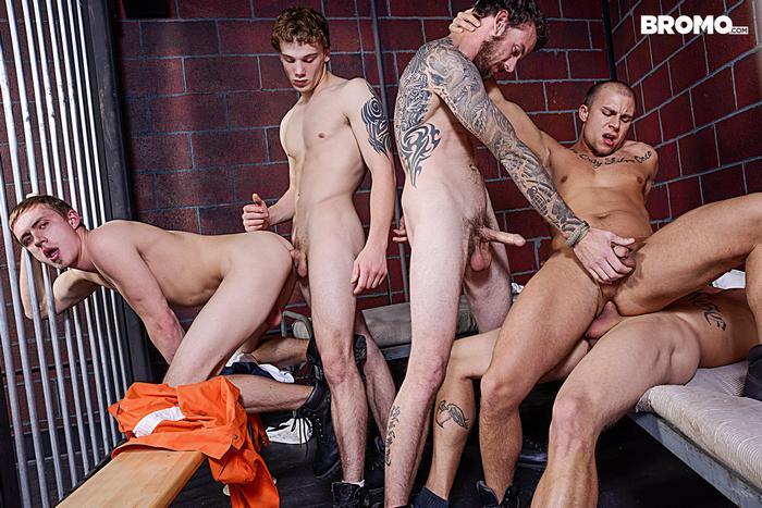 Pantyhose boy servant