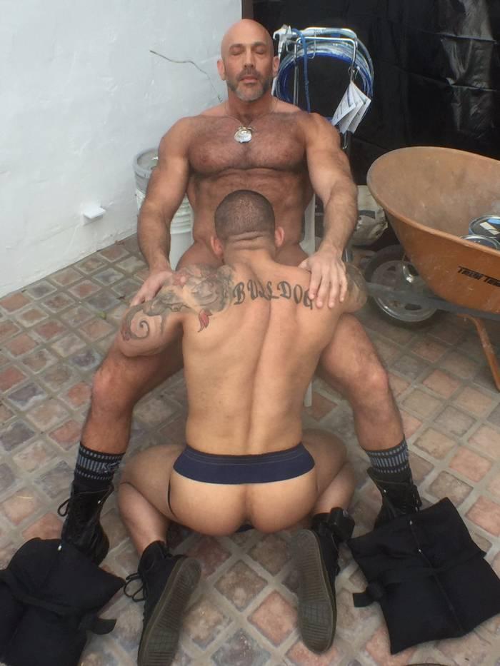 Flexx Gay Porn