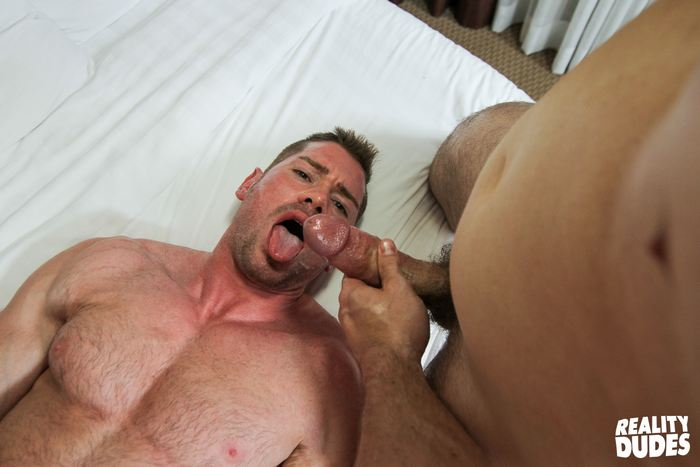image Gay muscle gets fucked in the ass