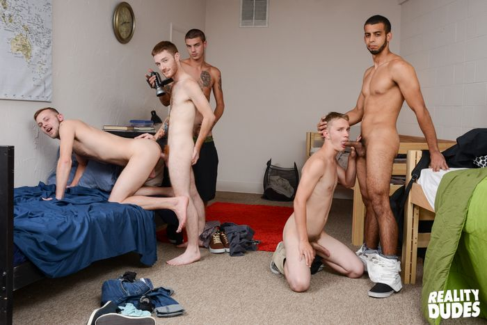 College Dorm Gay Porn - ... Gay Porn College Orgy Dude Dorm XXX 2 ...