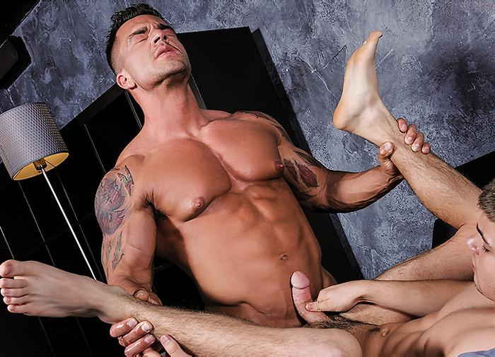 Braden Charron Gay Porn Bodybuilder Muscle Hunk Johnny Rapid