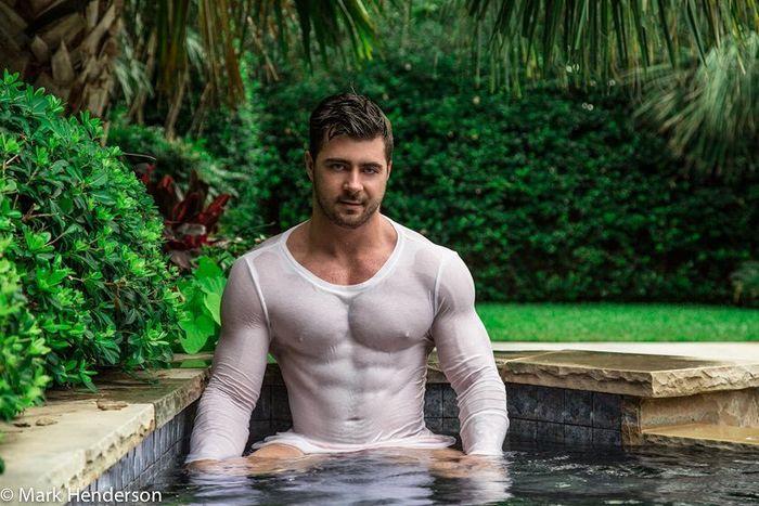 gay vitrolles 131 over blog