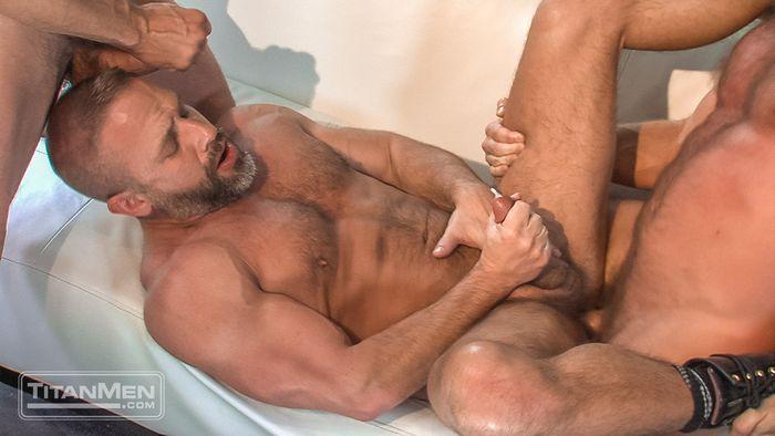 Hunter Marx Dirk Caber Max Sargent Gay Porn TitanMen 10
