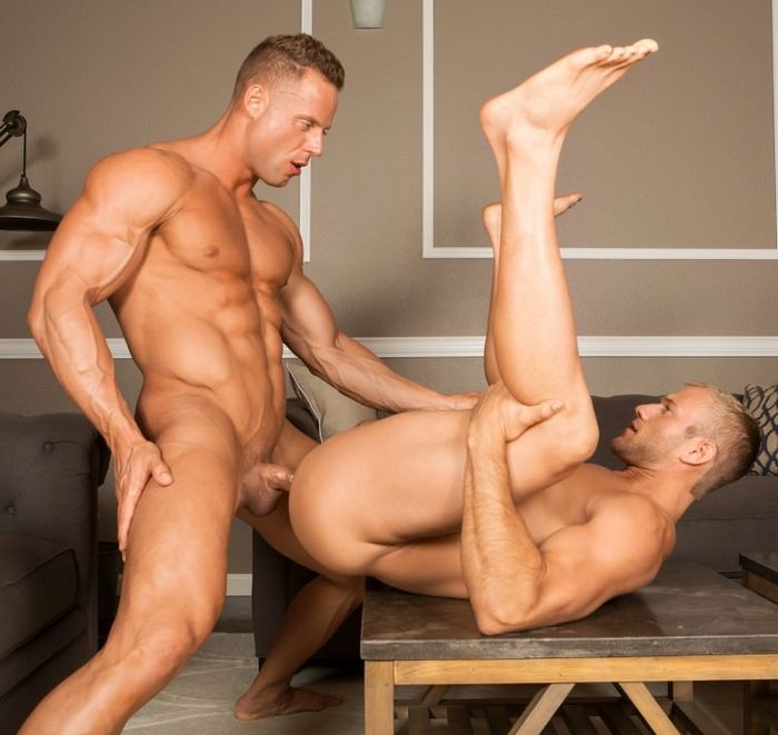 growing muscle gay porn videos