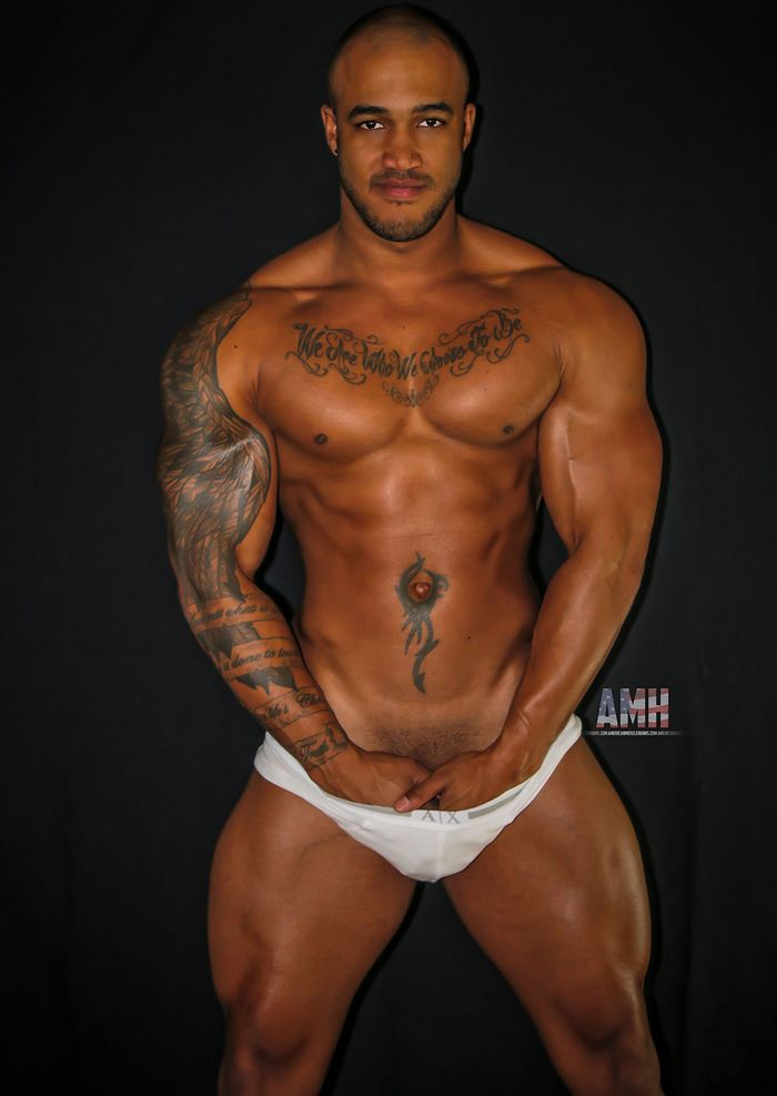 Jason Vario Muscle Hunk Gay Porn Star