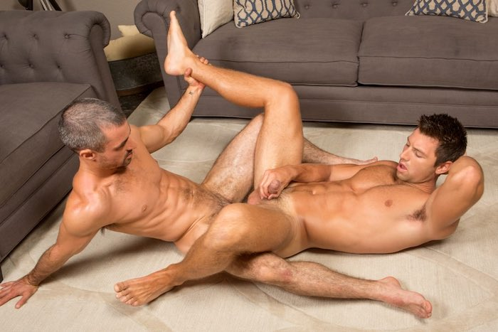shaw-sean-cody-muscle-bottom-gay-porn-daniel-bareback