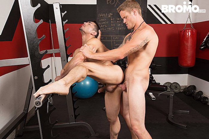 shawn-reeves-gay-porn-jeremy-spreadums-bareback-sex