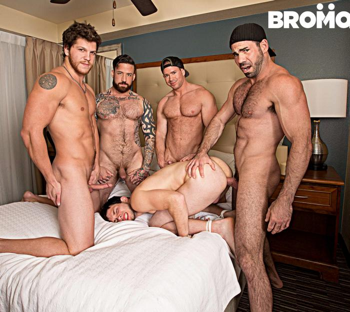 billy-santoro-jordan-levine-beau-warner-ashton-mckay-james-edwards-gang-bang-gay-porn-orgy