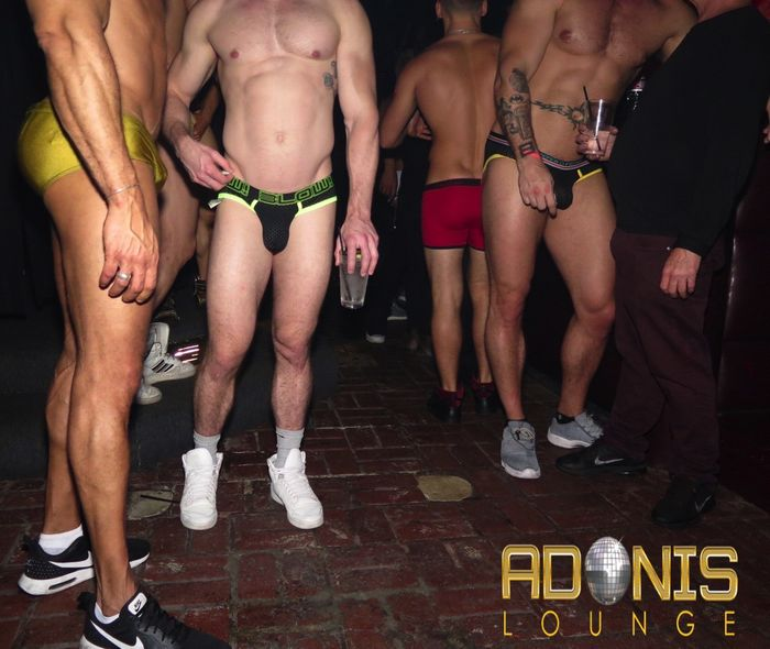 adonis-lounge-los-angeles-male-strippers-muscle-hunks-29