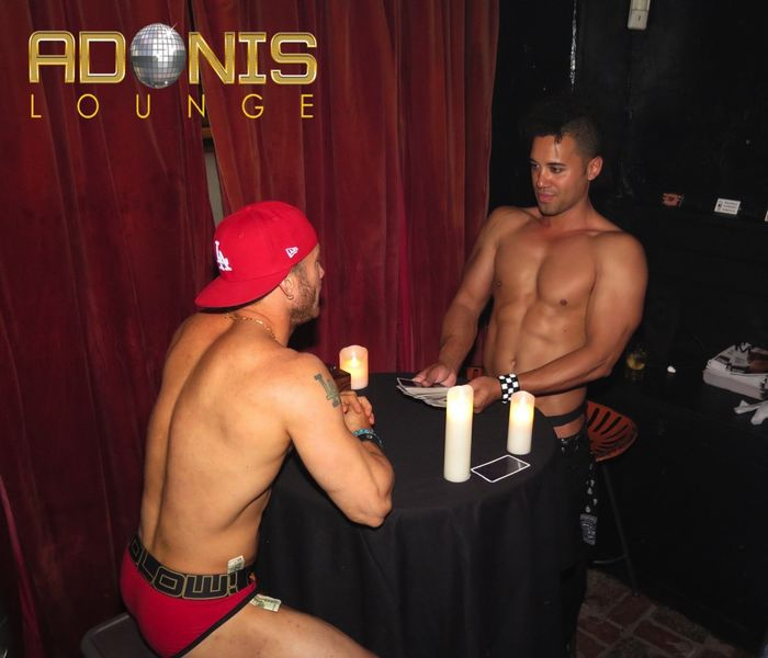 adonis-lounge-los-angeles-male-strippers-muscle-hunks-31