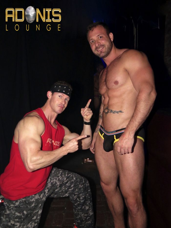 adonis-lounge-los-angeles-male-strippers-muscle-hunks-33