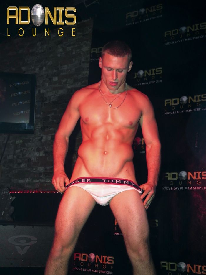 adonis-lounge-los-angeles-male-strippers-muscle-hunks-6
