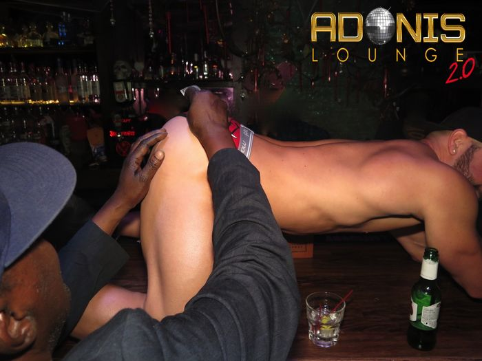 adonis-lounge-nyc-male-strippers-muscle-hunks-17