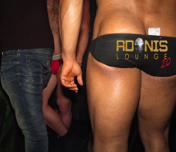 adonis-lounge-nyc-male-strippers-muscle-hunks-24