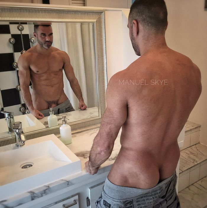 Bisex montreal muscle daddy takes cock deep in his ass - 3 part 6