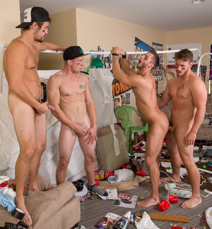 rod-peterson-gay-porn-bareback-gangbang-dickdorm-trevor-long-charlie-pattinson
