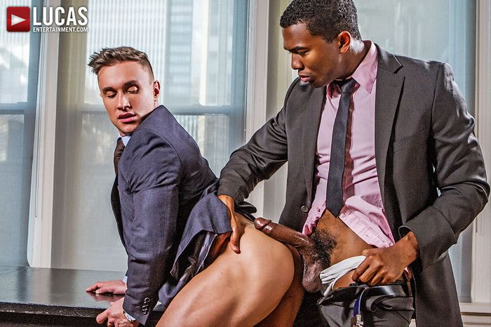 sean-xavier-alexander-volkov-interracial-gay-porn-2