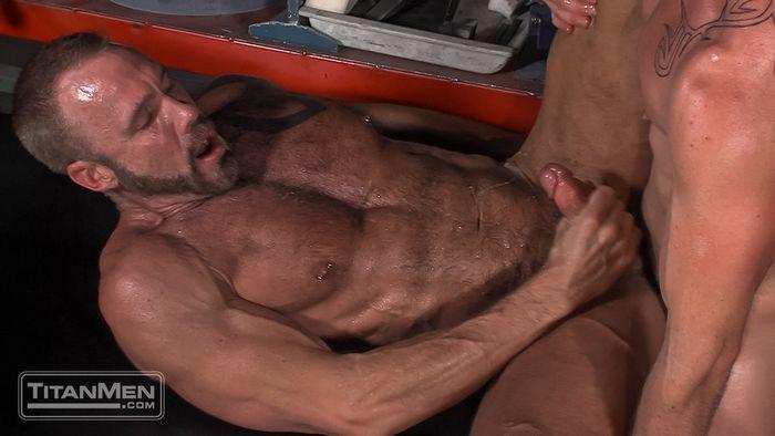 dallas-steele-gay-porn-mitch-vaughn-joegage-11
